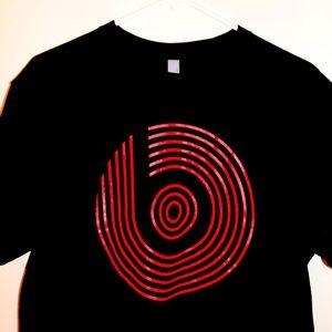 Brad new beats T-shirt